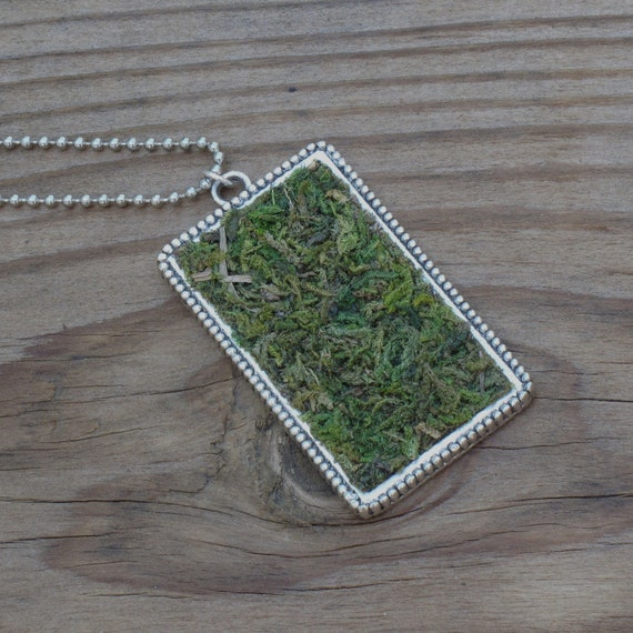 Eco Friendly Moss Necklace, Terrarium Jewelry, Terrarium Necklace, Living Plant Jewelry, Garden Gift