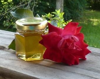 Raw Wedding Favors 100 Honey Wedding Favors 2oz Jars of Party Favors Tennessee Wildflower Golden Wedding Anniversary Reception Honey Gift
