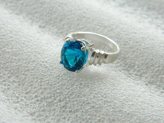 Tourmaline ring electric blue burst