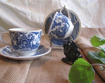 Set of 2 Alfred Meakin Cup and Saucers, Blue English Staffordshire Transferware, Ironstone, Fair Winds