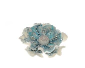 Felted flower brooch / Felt Jewelry/ white Aquamarine Felted Flowers/ Brooch with river pearls /summer fashion/ Ready to ship