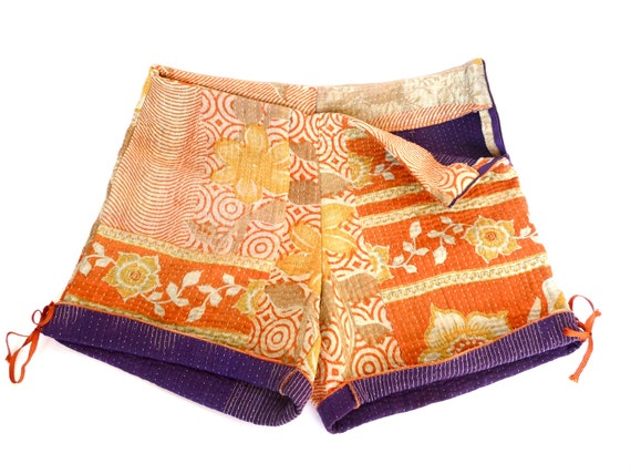 vintage kantha quilt shorts, size small to medium