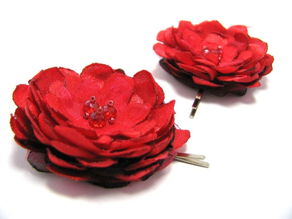 Red fabric flower hair pins, flower bobby pins, bridal hair accessories, bridesmaid accessories, gift for teen girl
