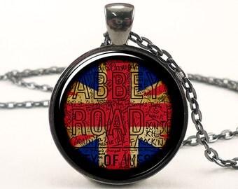 British Flag Necklace, London, United Kingdom Jewelry, Union Jack (0912G1IN)