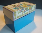 Vintage OHIO ART recipe card box: Flower bouquet theme