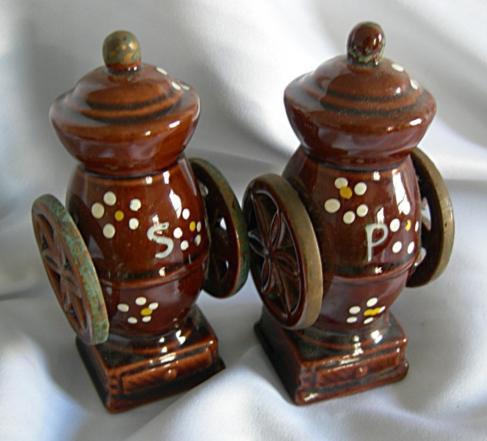 Brown Ceramic Salt And Pepper Shaker Set Made In Japan