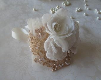 Tulle Bridal Cuff / Etta