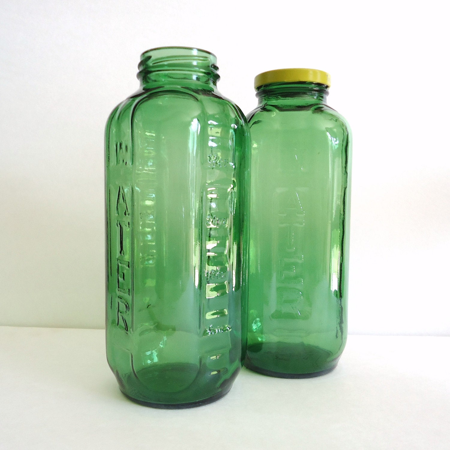 old glass bottle green glass water bottle retro. Black Bedroom Furniture Sets. Home Design Ideas