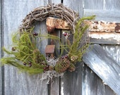 Christmas Wreath - Holiday wreath - Rustic grapevine with Birdhouse - Country wreath - Primitive wreath - Early American Wreath - Colonial