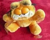 "Vintage ""Garfield"" Window Clinging Plush Toy"