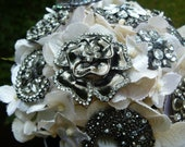 Beautiful Bridal Brooch Bouquet in Ivory - Ready to Ship