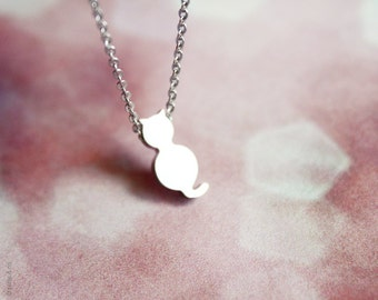 tiny cat necklace - cute dainty silver jewelry - gift for her under 20usd