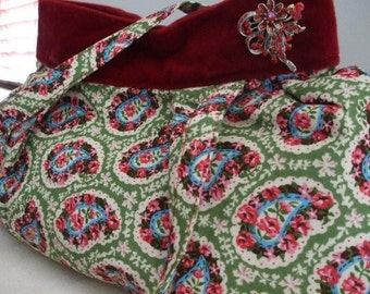 Pleated Shoulder Bag in red/green floral paisley and velvet