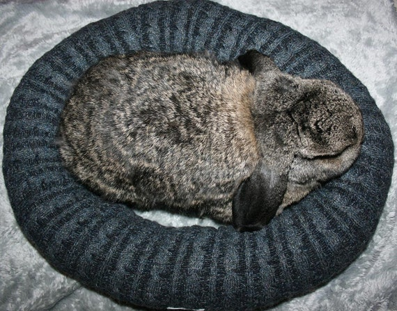 Ugli Donut bunny rabbit bed for a large sized bunny charcoal grey cable knit wool with Alpaca