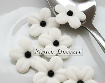 WHITE Sugar Flowers - 1 inch (25mm) Fondant Blossoms - Edible cake decorations (White)(12 pieces)