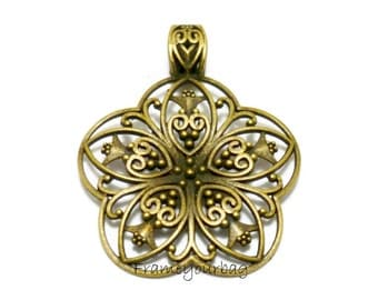 1 Jewelry findings pendant Flower - P58