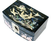 Lacquer ware inlaid new mother of pearl handcrafted jewelry case,jewel box  Cloud and Crane design