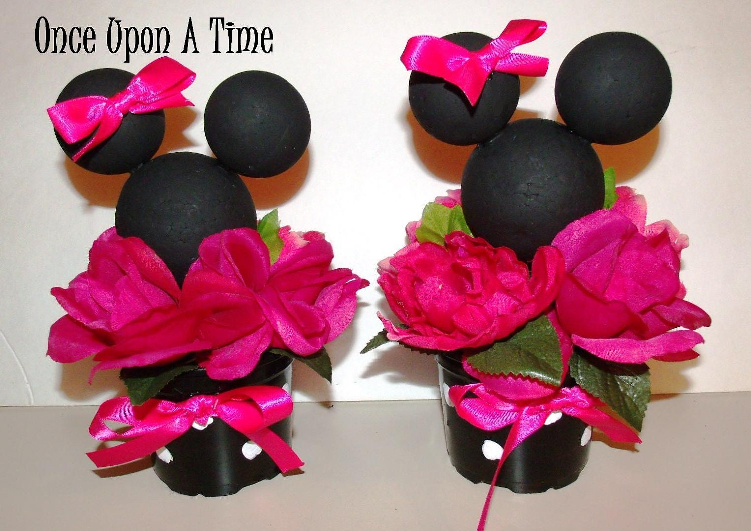 2 minnie mouse party decorations for Baby minnie mouse party decoration