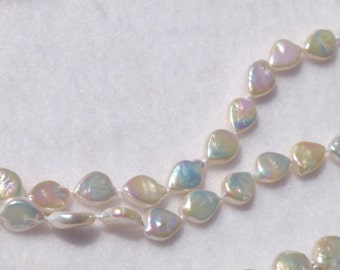 Tear Drop Knotted Pearl Necklace