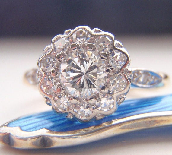 Engagement Ring. Vintage Diamond Cluster Flower Design. Quality 18K Gold & Platinum. Full of Life and Sparkle. Adorable.