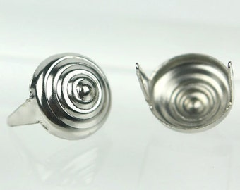 C-039 / Cone shape Metal round Studs / 50 pcs (Come with box) /  10 mm. / Color - Silver