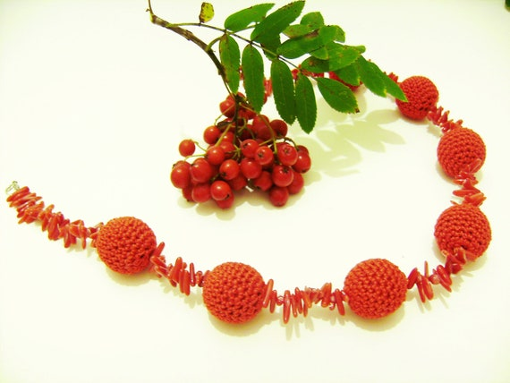 Crochet Coral Necklace. FREE SHIPPING