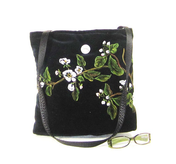 HANDMADE HANDBAG   Purse  Elegant black velvet handpainted