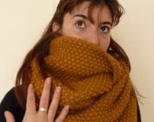 TOSCA - Loop scarf / Infinity scarf - Pure new wool - made to order - Many color choices available - free shipping worldwide