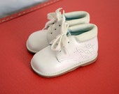 Vintage infant toddler white oxford bootie shoes - size 3 - leather