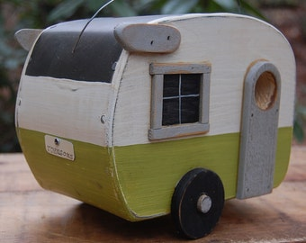 Birdhouse Trailer - Shasta Bird house - Green/White birdhouses