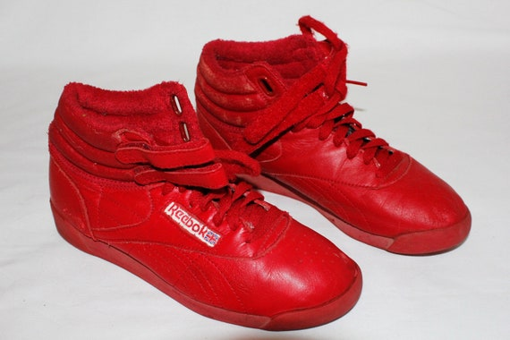 """ON SALE- 80s Vintage """"REeBOK CLaSSICS"""" Red High-Top Sneakers Sz: 7.5 (Exclusive)"""