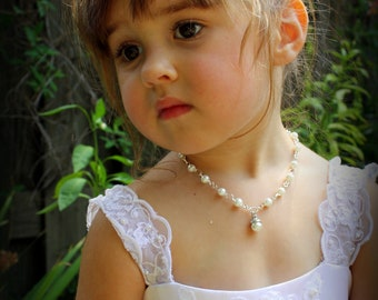 Flower Girl Necklace - Flower Girl Gift - Flower Girl Jewelry - Pearl Charm Necklace - Pearl Necklace - Annabelle