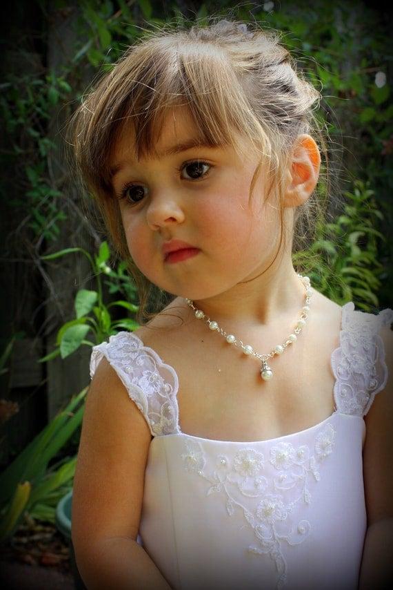 Flower Girl Necklace - Flower Girl Gift - Flower Girl Jewelry - Pearl Charm Necklace - Pearl Necklace - Annabelle