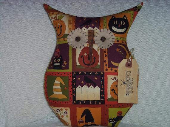 Primitive Halloween Owl Doll - Halloween Delight - Holiday Decor - Rusty Metal