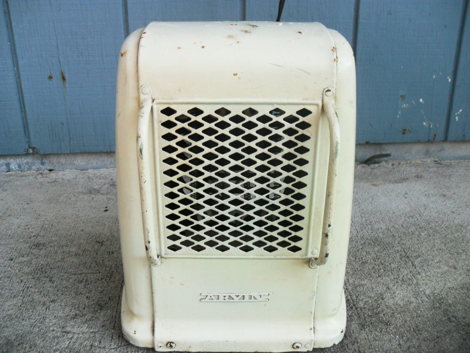 Arvin Electric Space Heater Vintage White Art By Zeejunkhunter