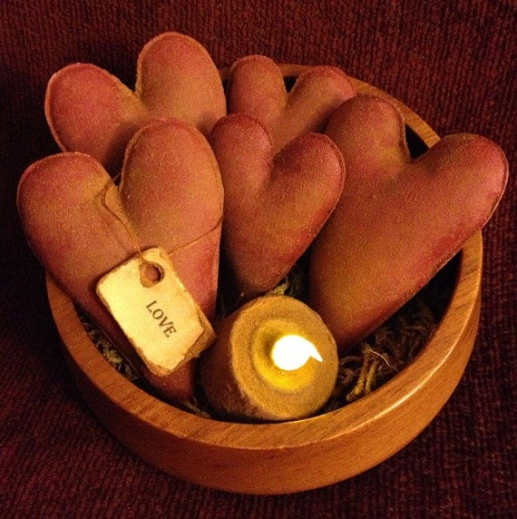 Primitive Heart Bowl Fillers