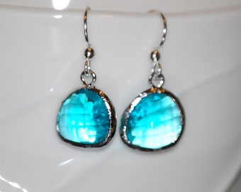 Aqua blue glass gem earrings, faceted glass gems, bridesmaids, wedding jewelry, gift, holiday jewelry