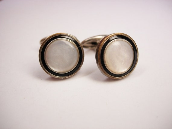 Vintage Art Deco Cufflinks Enamel Mother of Pearl Small Round Flat Tuxedo Formal Wedding