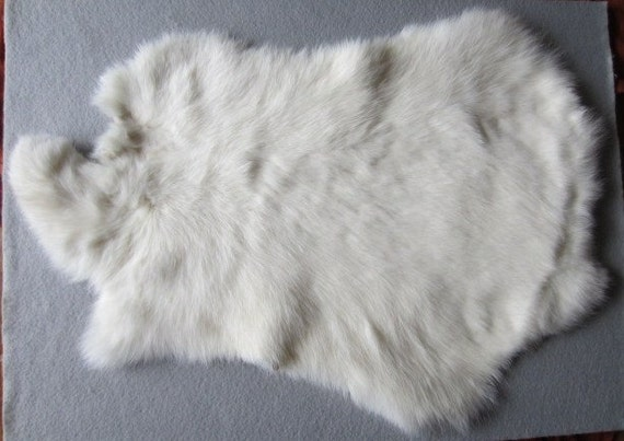 white rabbit pelt rabbit fur crafts pow wow native american. Black Bedroom Furniture Sets. Home Design Ideas