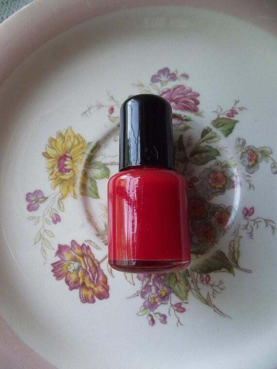 Hay Girl Nail Polish in Pin Up Red