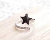 Silver Rhinestones Plated Black Star Adjustable Ring