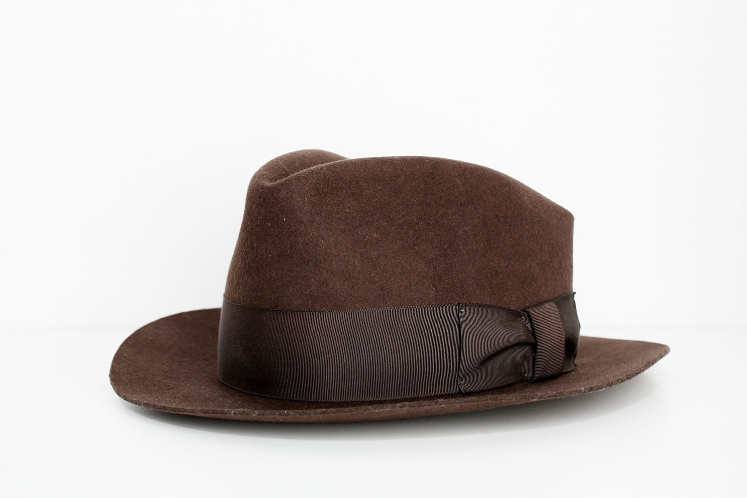 16837faf966 Vintage Dark Brown Fedora Hat Country Gentleman