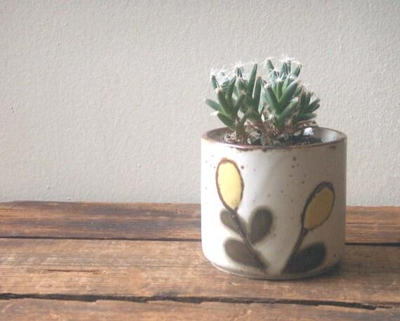 vintage japan otagiri tea cup, small planter, small pot