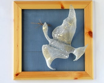 Wall Decor - Flying Bird - Framed art - Wire mesh sculpture -Wall Decor Hanging Framed - Metal wall art