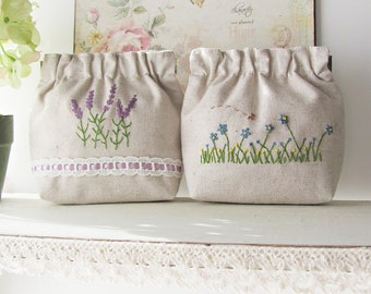 Hand embroidery flex frame purse pouch bag - lavender blue daisy flower garden embroidery
