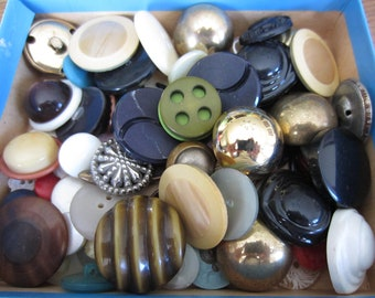 Assorted Buttons- Approx 86