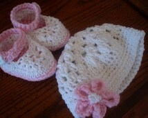 Crochet Pattern Baby Girl Booties and Hat , ankle strap booties