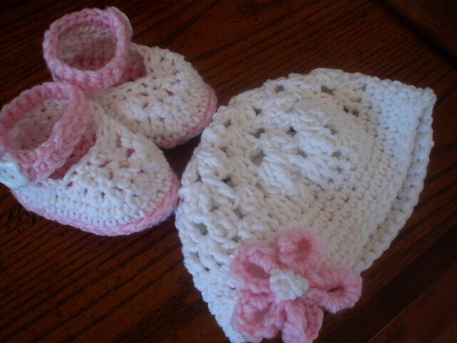 Crochet Pattern Baby Girl Booties and Hat ankle strap