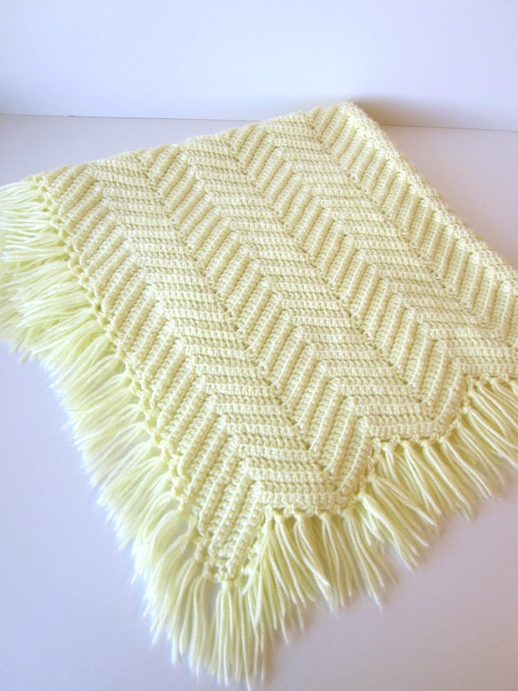 Knitting Pattern Receiving Blanket : Baby Blanket-Knitted Vintage Chevron Pattern Yellow Receiving