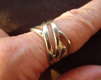 Modernist Silvertone Ring Size 8 1/4 to 8 1/2